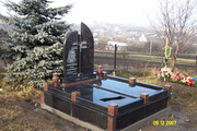 Памятники из гранита. Кладбище. Гранитные памятники. Ритуальные услуги
