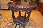 продам  круглый стол красного дерева начало 19века
