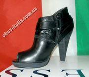 Ботильоны женские кожаные фирмы GUESS оригинал Италия