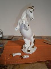 реставрация скульптур,  изделий из фарфора и керамики