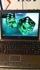 Компактный,  небольших размеров ноутбук Acer Travelmate 4520.