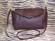 Чудесная сумочка TruTrussardi для стильной леди. Оригинал.Кожа.