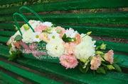 Свадебная арка из живых цветов под заказ в Киеве и окраина.