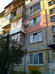 Продажа квартиры с ремонтом у метро Дарница