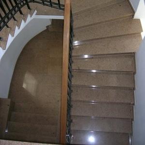 сделать ступени из гранита и мрамора лестницы мраморные и гранитные строительные услуги сделаем лестницу из гранита