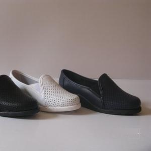 Туфли женские белые для медицыны и пищевой промышленностиот 110 грн(