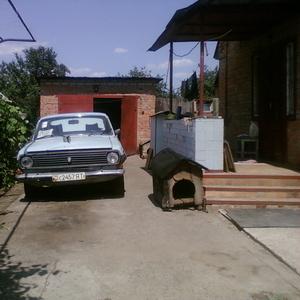 МЕНЯЮ дом+16 сот.дачный уч.Запорожье(ОРЕХОВ) на1(2)кв.Киева, Бровары