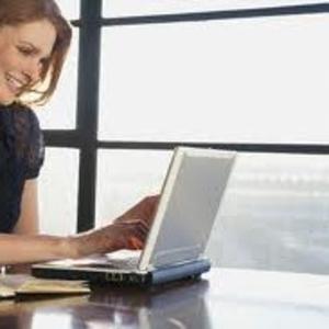Требуется женщина диспетчер для работы в офисе в районе м Дарница