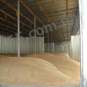 Строительство зернохранилищ,  овощехранилищ,  ангаров для животных.