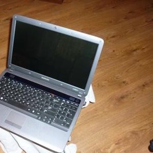 Запчасти от ноутбука Samsung R525.