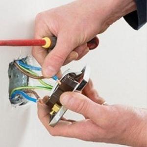 Электрик,  услуги электрика,  устранение неполадок в проводке