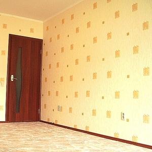 Оклейка обоями стен