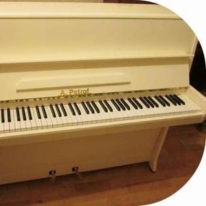 Фортепиано - окрашены в белый цвет. Купить пианино белого цвета.  Пиан