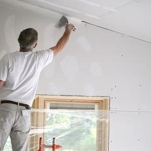 Шпаклевка стен потолка