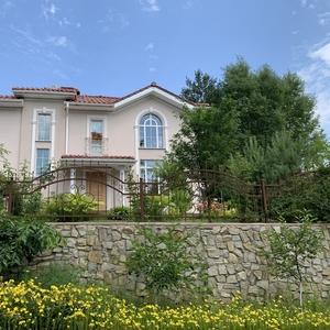 Продам красивый дом в с.Гореничи Киево-Святошинского р-на.