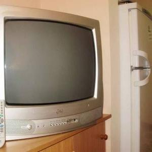Продаю телевизор LG  RT-20CA75M
