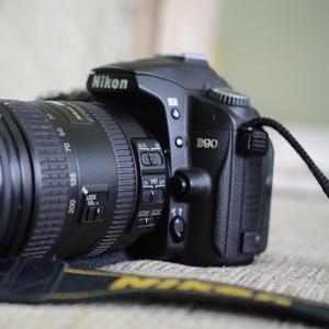 Продам Nikon D90+nikkor 18-200 VRII
