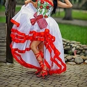Свадебное платье в Национальном Стиле.