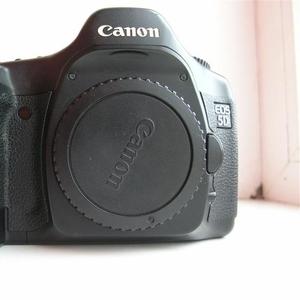 Продам Canon EOS 5D Mark|   body