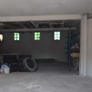 Продам помещение 90 кв.м. в Голосеевском районе возле метро.