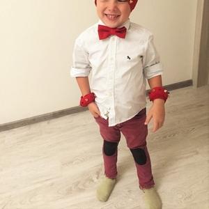 Стильный детский костюм на утренник