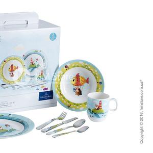 Красивые фарфоровые тарелки из набора детской посуды