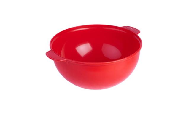 Пластмассовая салатница.