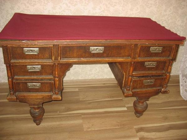 Продается стол письменный антикварный 4