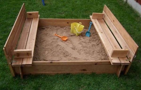 Деревяннаая песочница для детей 4