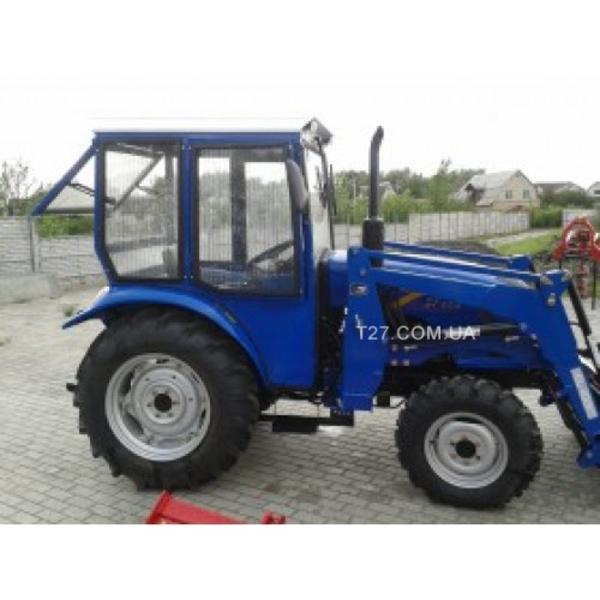 Трактор Dongfeng-404C с кабиной,  сделанной в Украине