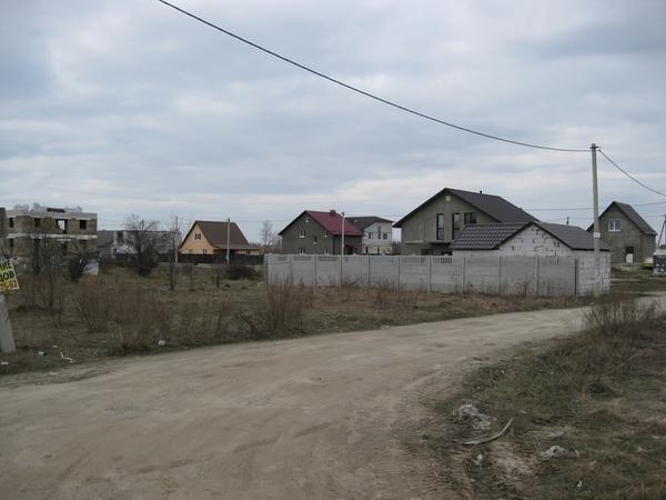 Борисполь,  18км от Киева,  земельные участки в жилом массиве   4