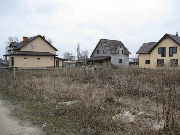 Борисполь,  18км от Киева,  земельные участки в жилом массиве   6
