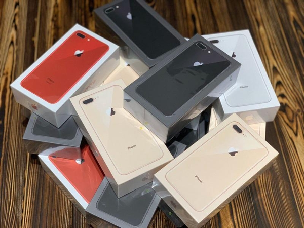 iPhone 7,  7plus,  8,  8plus,  X,  Xr,  Xs,  12 2