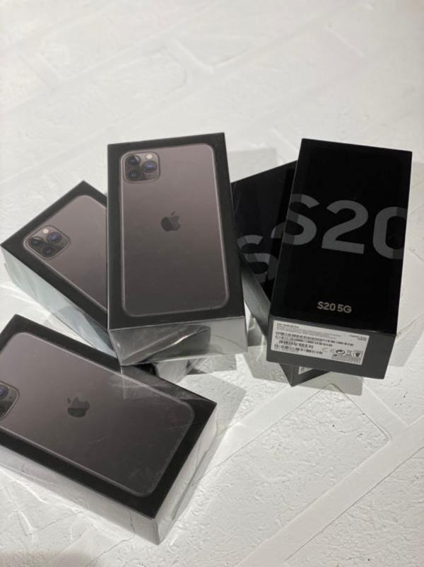 iPhone 7,  7plus,  8,  8plus,  X,  Xr,  Xs,  12 5