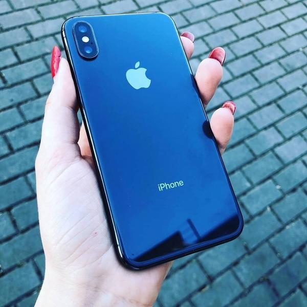 Продаю IPhone X 256GB  2