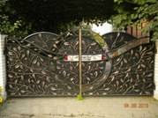 Кованые металлические ограждения,  ворота,  заборы в Киеве