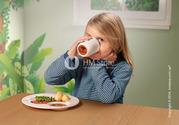 Великолепный набор посуды для детей от